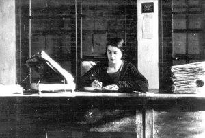María Moliner, 1922